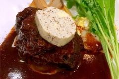 【ブルゴーニュ】牛ほほ肉の赤ワイン煮込み